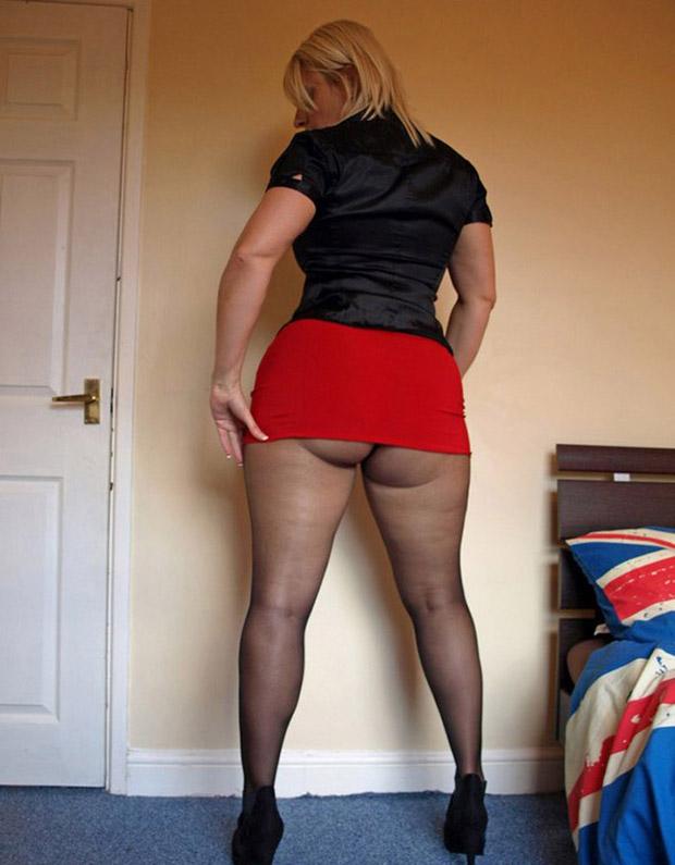 Grosse paire de fesses - Femme mature